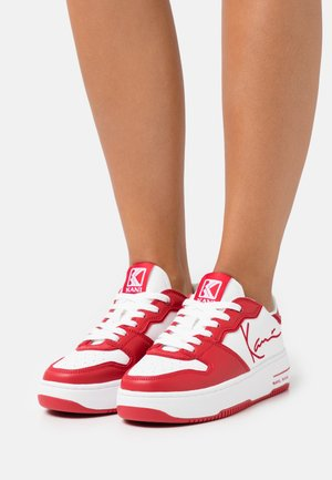 89 UP LOGO - Trainers - true red/white