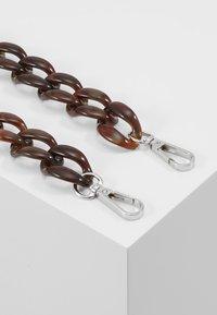 HVISK - CHAIN HANDLE - Accessoires - Overig - brown - 3