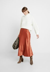 Monki - BAILEY SKIRT - Maxi sukně - rust - 1