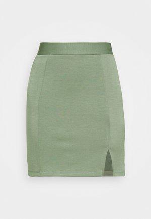Mini princess seams skirt high waisted with slit - Kokerrok - light green