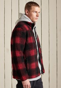 Superdry - WORKWEAR - Fleece jacket - black/red - 2