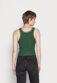 BDG Urban Outfitters - SCOOP TANK - Topper - green - 2