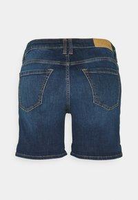 edc by Esprit - Szorty jeansowe - blue dark wash - 1