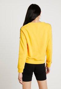 Fila - TIVKA CREW  - Sweatshirt - citrus - 2