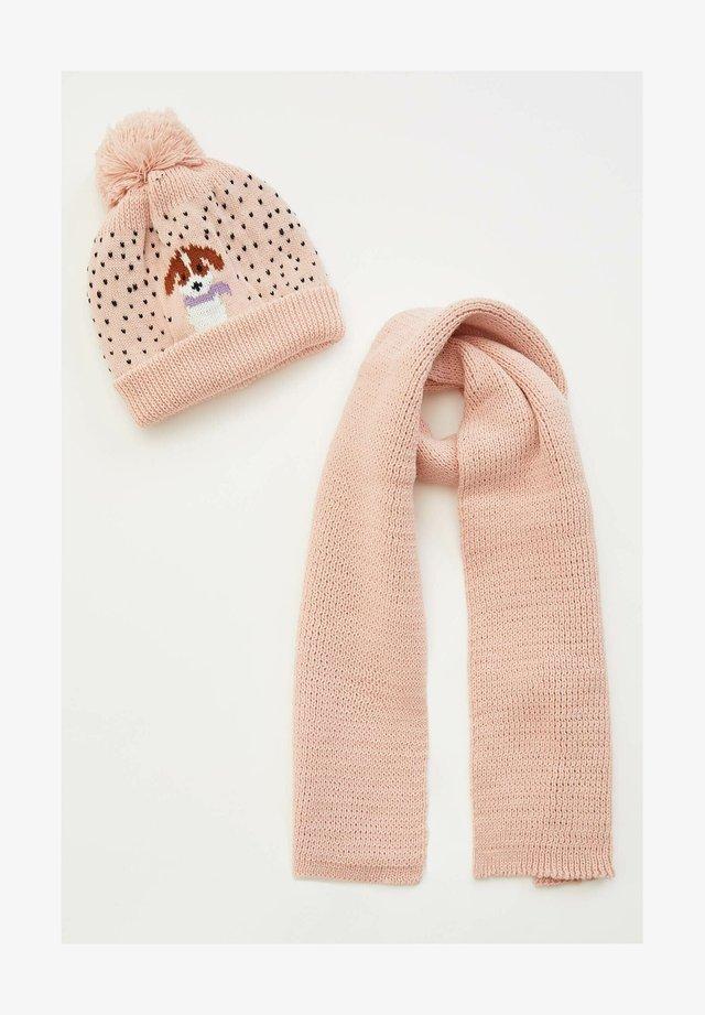 Muts - pink