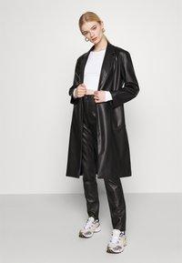 Monki - BARB 2 PACK - Långärmad tröja - black dark/white - 0