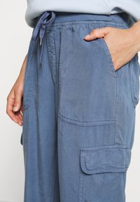 American Eagle - Cargo trousers - blue - 3