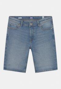 Jack & Jones Junior - JJIRICK JJORIGINAL  - Shorts vaqueros - blue denim - 2