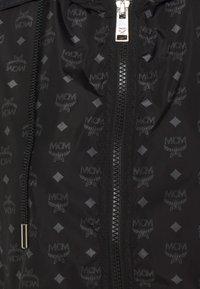 MCM - MONOGRAM  - Veste coupe-vent - black - 3