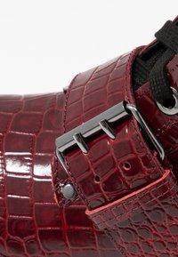 TWINSET - Cowboy- / bikerstøvlette - dark red - 2