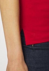 Lauren Ralph Lauren - T-shirt imprimé - orient red - 5