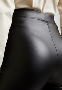 Mavi - LEGGINGS - Legíny - black - 4