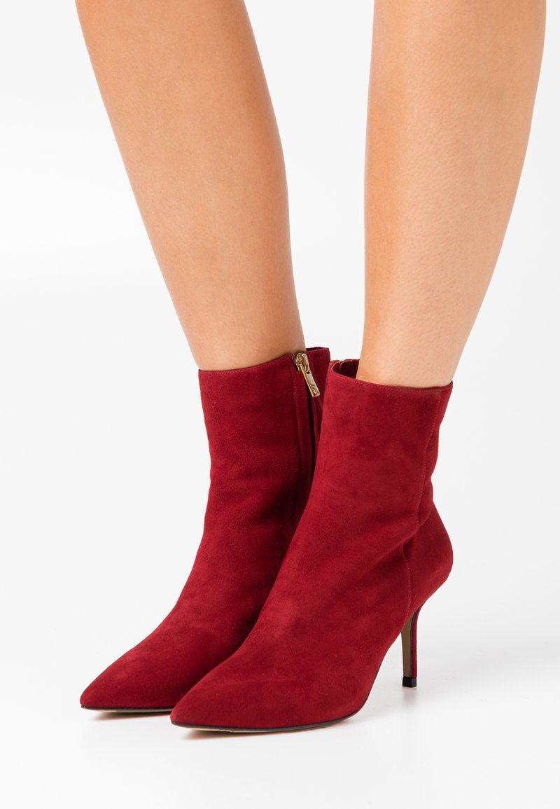 Pura Lopez - Classic ankle boots - dark red