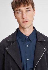 Jack & Jones PREMIUM - Shirt - navy blazer - 3