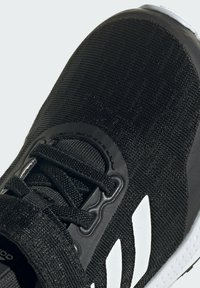 adidas Performance - EQ21 RUN - Neutral running shoes - black/white - 6