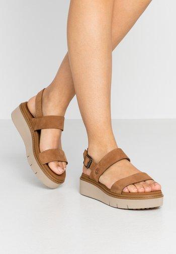 SAFARI DAWN 2BAND - Sandály na platformě - rust