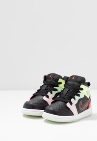 Jordan - 1 MID SE - Basketball shoes - black/ember glow/barely volt/light soft pink/jade aura - 3