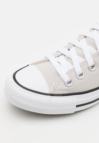Converse - CHUCK TAYLOR ALL STAR UNISEX - Sneakersy niskie - pale putty - 5