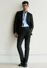 Massimo Dutti - Suit trousers - dark grey - 1
