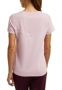 Esprit Sports - Basic T-shirt - light pink - 5