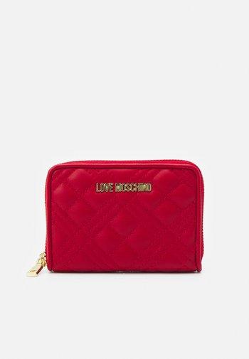 QUILTED ZIP CASE - Monedero - rosso