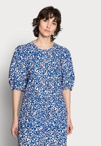 InWear - HARUKAIW DRESS - Maxi dress - dotted flowers - 3