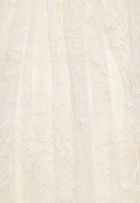 maje - ROLIANA - Společenské šaty - ecru - 2