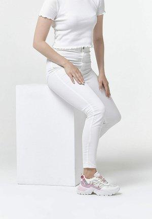 Sneakersy niskie - white/pink