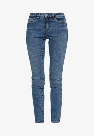 VMSEVEN DESTROY - Jeans Skinny Fit - medium blue denim
