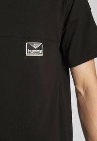 Hummel Hive - BEACH BREAK - T-shirts - black - 4