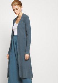 Proenza Schouler White Label - ZIP CARDIGAN DRESS - Strickkleid - petrol - 3