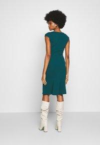 Anna Field - BASIC - V NECK MINI DRESS - Žerzejové šaty - turquoise - 2