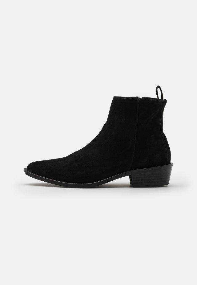 SLHJAXON CHELSEA BOOT - Classic ankle boots - black
