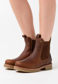 Panama Jack - FILIPA IGLOO NATURE - Platform ankle boots - bark - 0