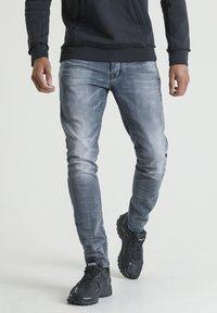 CHASIN' - EGO BOGER - Slim fit jeans - blue denim - 0