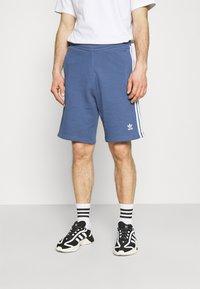 adidas Originals - 3 STRIPE UNISEX - Tracksuit bottoms - crew blue - 0