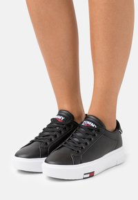 Tommy Jeans - FASHION CUPSOLE - Sneakers basse - black - 0