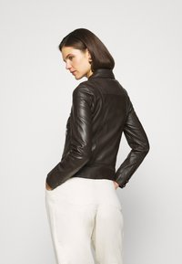 Oakwood - MARJORY - Leather jacket - dark brown - 2