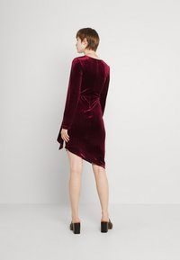 TFNC - RHYS DRESS - Shift dress - burgundy - 2