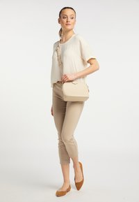 usha - Across body bag - cream - 0