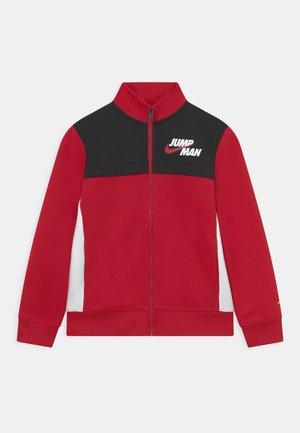 JUMPMAN BY NIKE - Chaqueta de entrenamiento - gym red