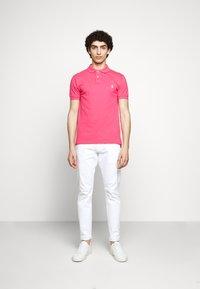 Polo Ralph Lauren - SLIM FIT MESH POLO SHIRT - Polo shirt - hot pink - 1