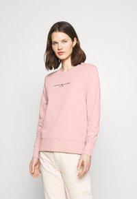 Tommy Hilfiger - REGULAR - Sweatshirt - soothing pink - 0