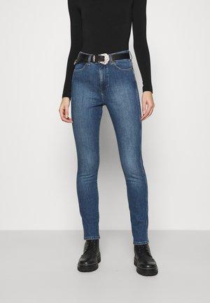 RETRO - Slim fit jeans - broke blue