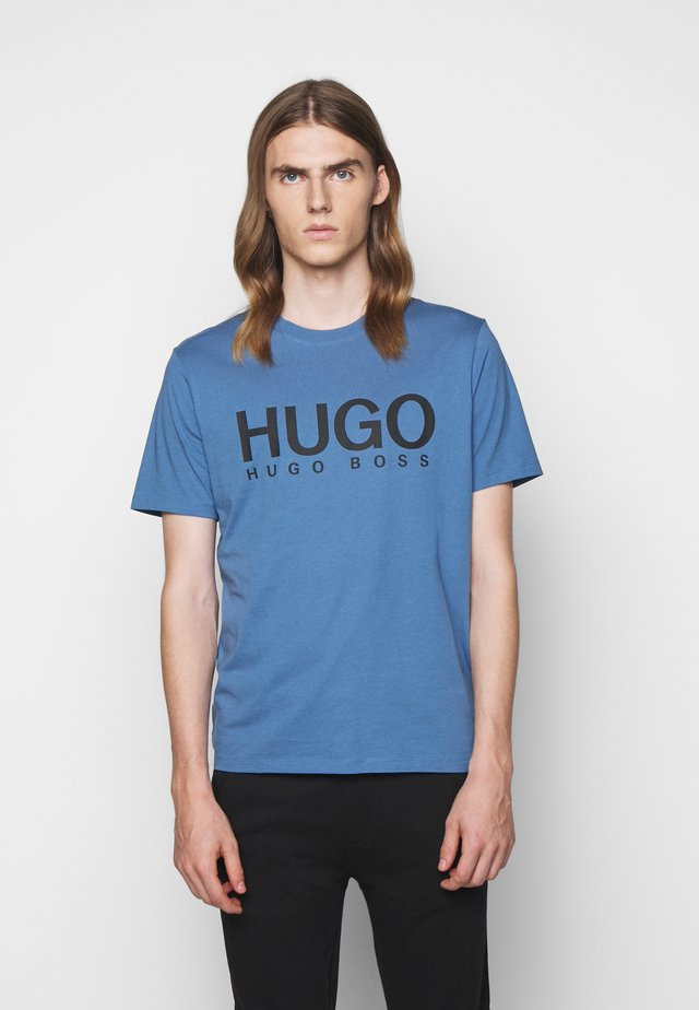 DOLIVE - Camiseta estampada - medium blue