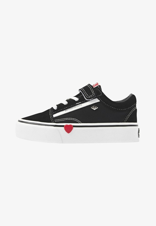 MACK PLATFORM - Baskets basses - black/red heart