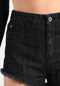 Urban Classics - LADIES HOTPANTS - Denim shorts - black washed - 3