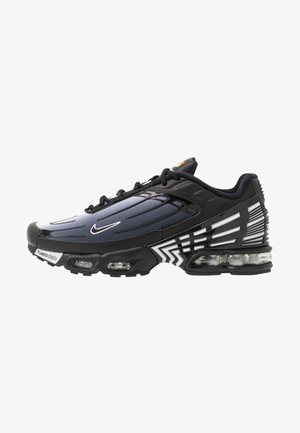 AIR MAX PLUS III - Matalavartiset tennarit - black/white