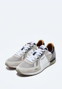 Pepe Jeans - TINKER PRO PLUS - Sneakers - light grey - 2