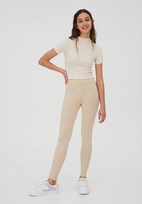 PULL&BEAR - Leggings - Trousers - beige - 1